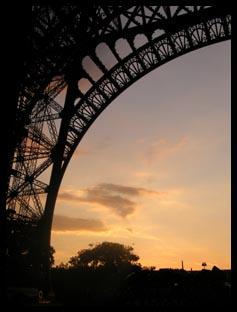 Sunset under the Eiffel Tower