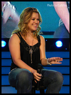 Kelly Clarkson in Reno, Nevada