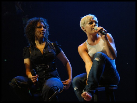 Pink & one of her back up singers performing at Rod Laver Arena, Melbourne 30/05/2009